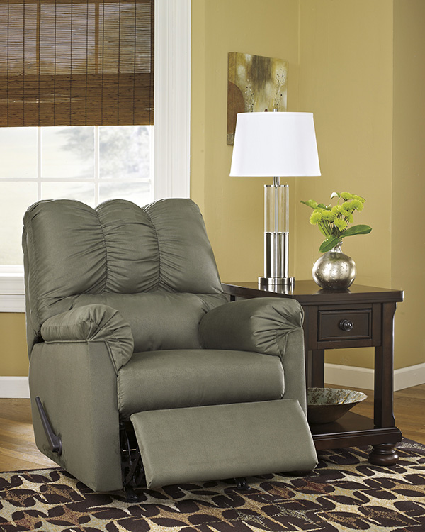Ashley Furniture Darcy Sage Chair: Ashley Darcy Rocker Recliner In Sage