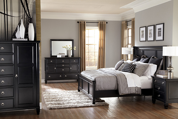 Greensburg Cottage Style 3 Piece Master Bedroom Set